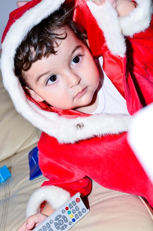 Familia lui Moș Crăciun, ep 3 – Se uită Moșul la TV?