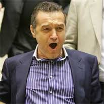 Gigi Becali e un om chinuit de durere! Cum a scăpat în trecut de durerile de spate?