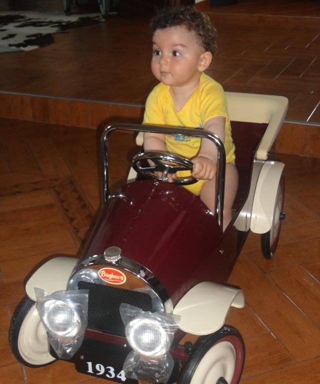 Teddy e prieten cu Baghera. Cea mai tare mașinuță de epocă!