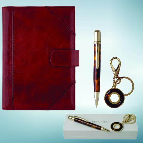 AM UN PONT: Un an perfect cu o agendă și un set de scris care să aducă succesul !!