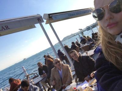 M-am vindecat în Istanbul de un coşmar. Acum sunt cu adevarat frumoasă.